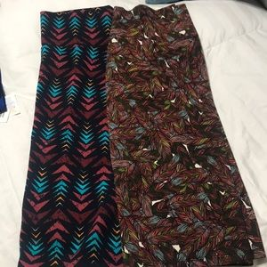 2 LuLaRoe Cassie skirts